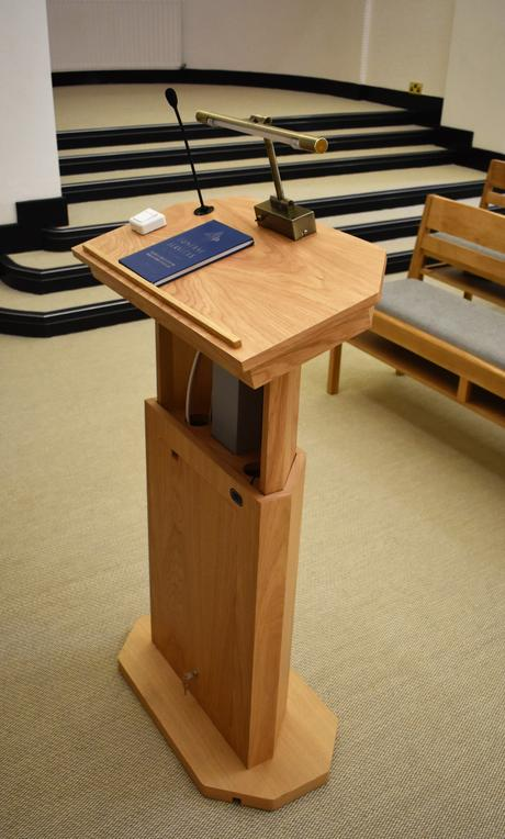 Lecterns & AV Desks